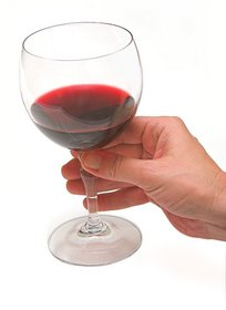 cheers-glass-of-red-wine-by-sh0dan.jpg