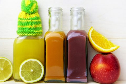 See how to detox your body to lose weight - what to eat and drink for a DIY all natural cleanse