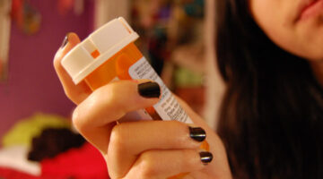 Prescription Drug Abuse: 5 Ways To Avoid & Overcome Addiction To Prescription Painkillers That Worked For Me!